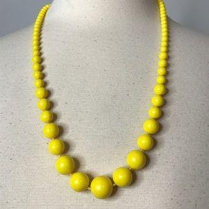 "Jewelry - Yellow Progressive Bead Necklace Approximately 25"""